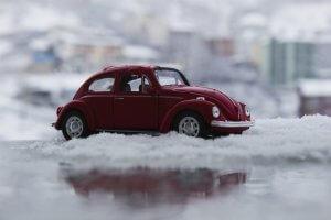Kurzstrecke im Schnee - Für die richtige Autopflege im Winter sollte diese vermieden werden